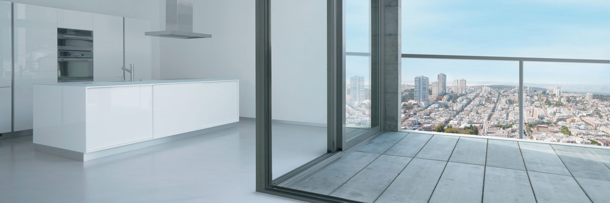 Panoramic vents and security at once: grand views with high thermal efficiency, integrated burglar resistance and barrier free accessibility.