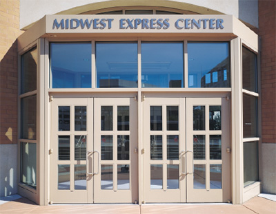 Commercial Aluminum Storefront Entrance Systems & Products