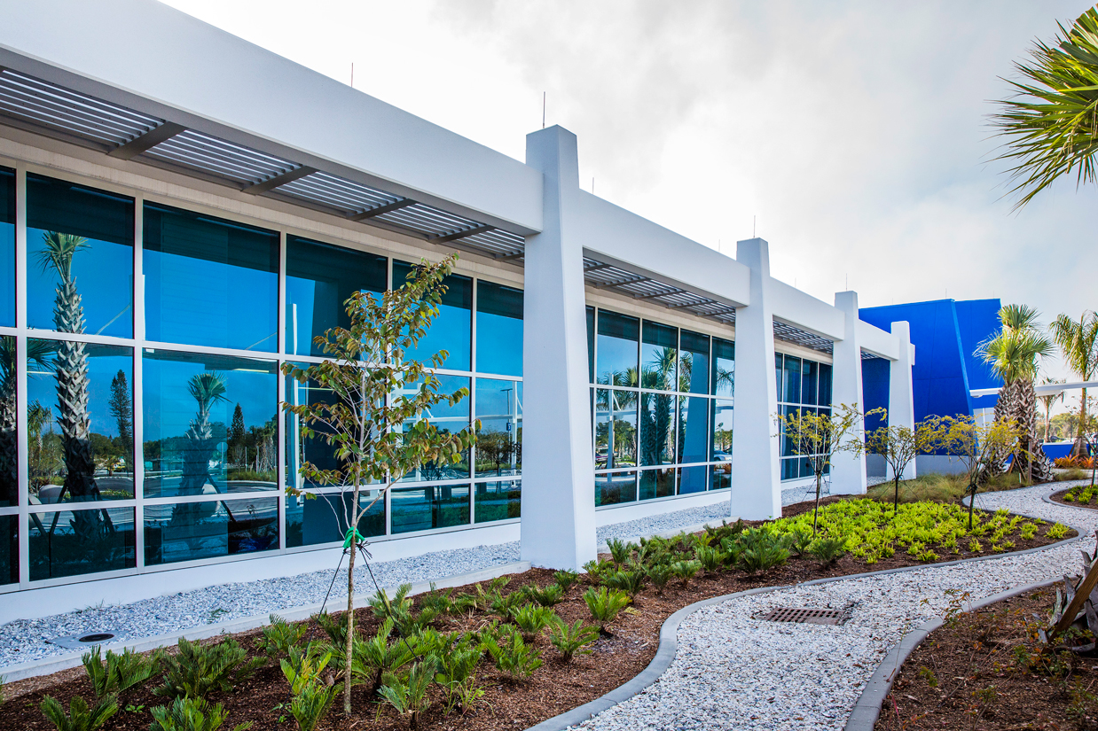 LeeTran Headquarters - Fort Myers, Florida, USA | Photo© Perzel Photography Group